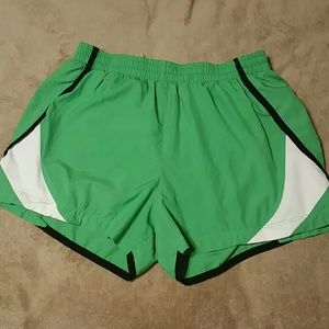 Women's Nike Performance Green shorts in sz M